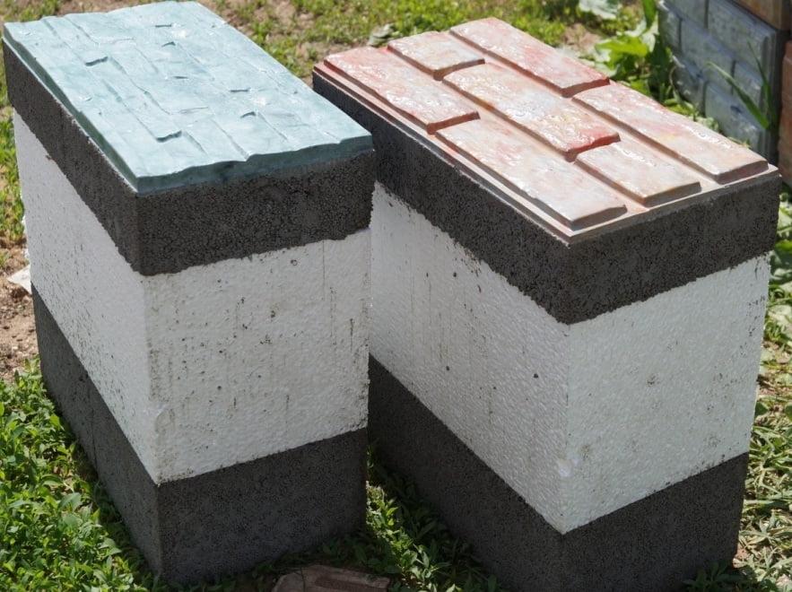Возведение стен дома с использованием теплоблоков