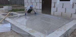 пленка поверх песка